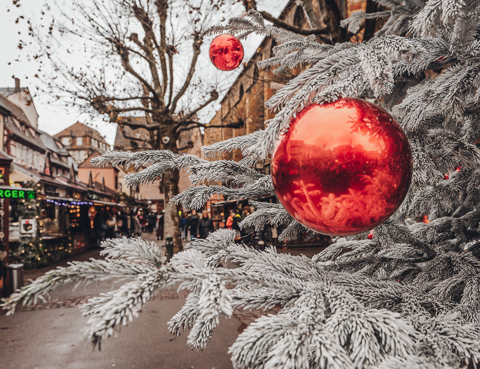 Colmar Christmas tree and bauble