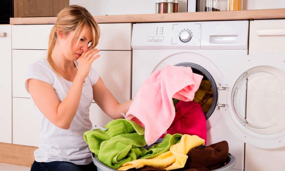 Cómo quitar el olor a humedad a tu ropa