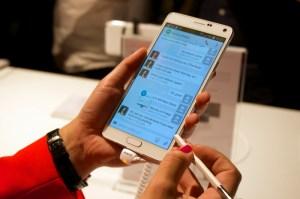 Samsung-Galaxy-Note-4-02