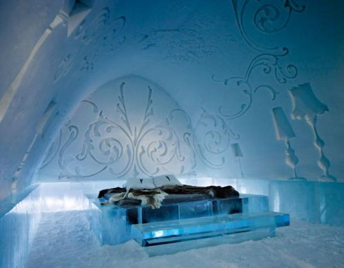 bed126 icehotel