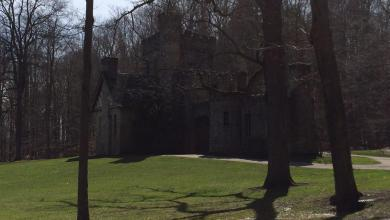 Photo of Squire's Castle in Willoughby Hills, Ohio