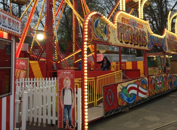 Winter Wonderland with kids - example of a ride with a height restriction.