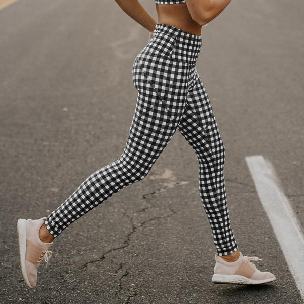 Leggings-BlackGingham-02-side_grande