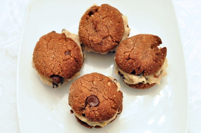 almond-cookies-4-1024x682