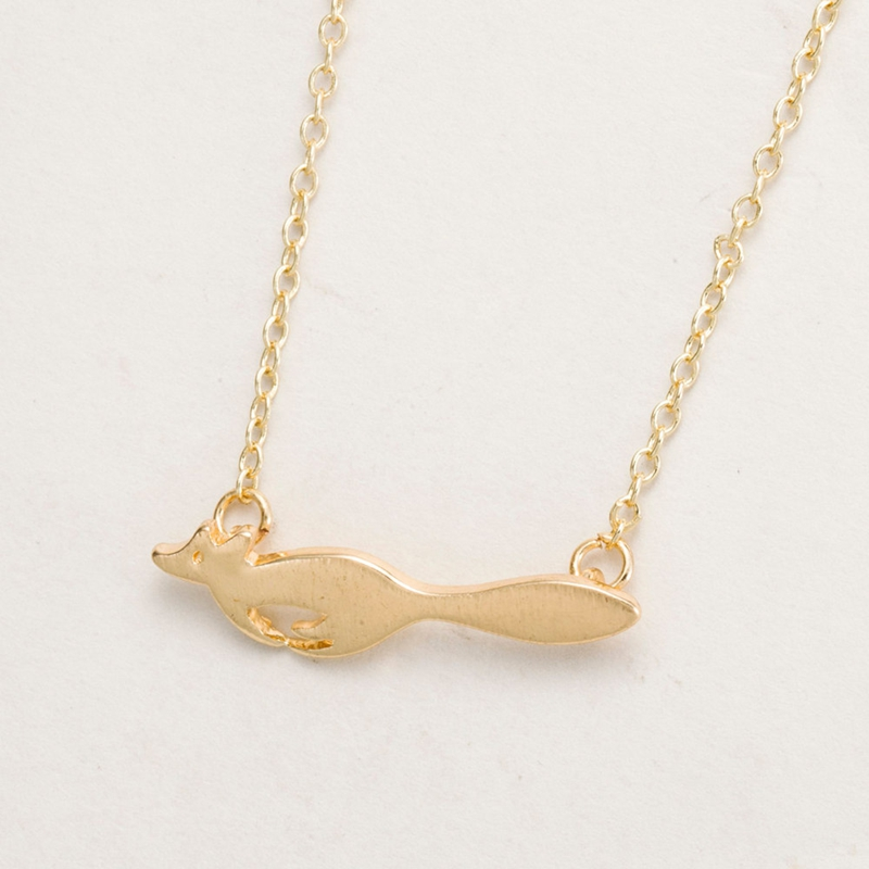 How adorable is this running fox necklace?! #weheartfox #afflink