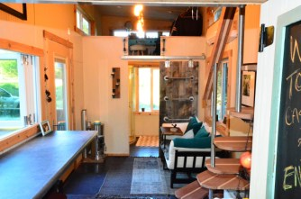 224-sq-ft-tiny-house-on-wheels-20