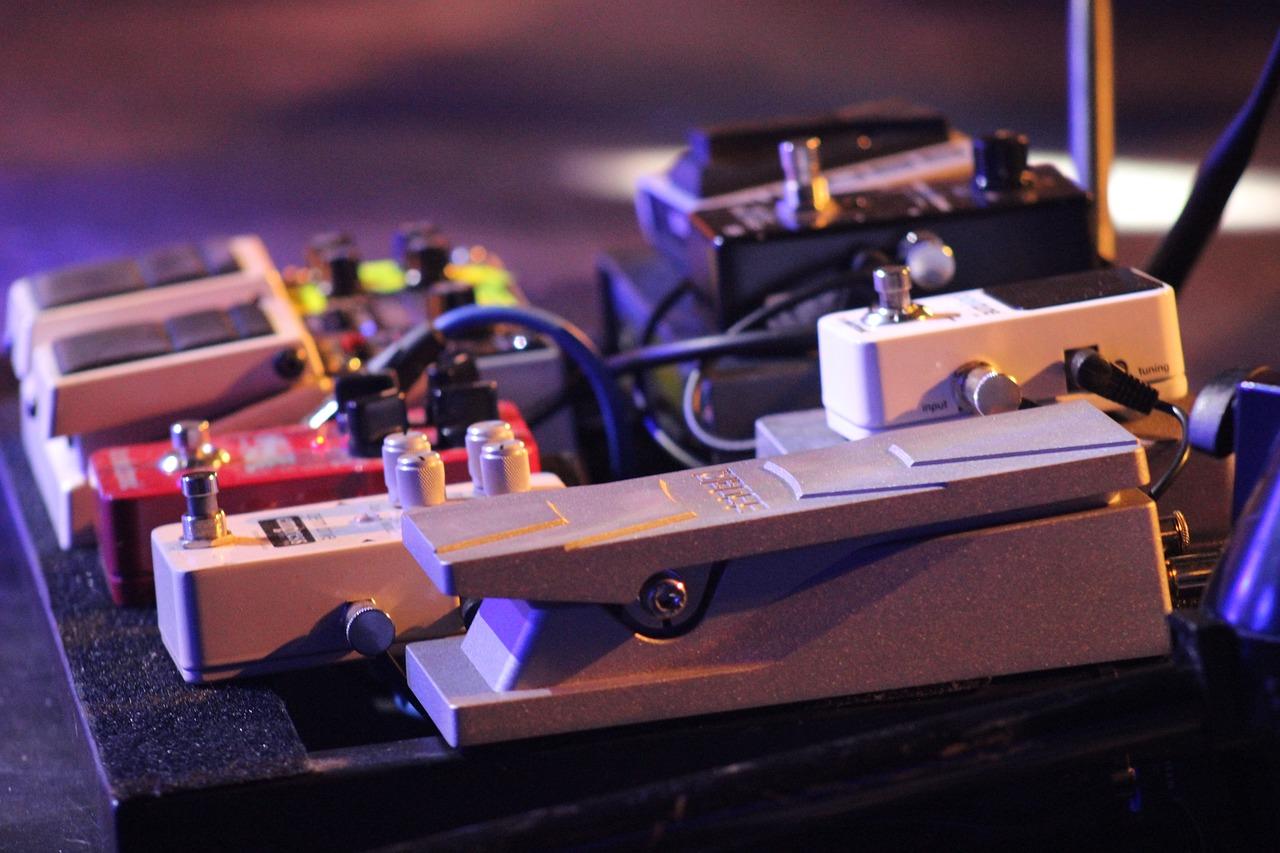guitar, pedal, electric-1595862.jpg