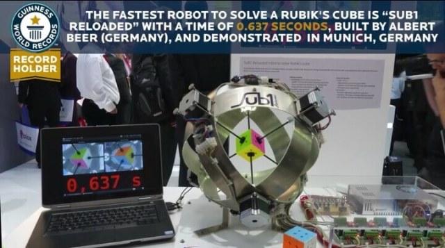 Rubik's Cube Guinness world record.jpg