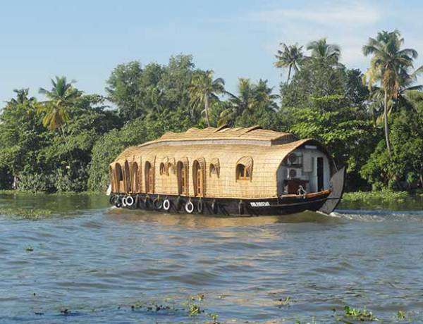 Houseboat on the Indian Backwaters, Allepey