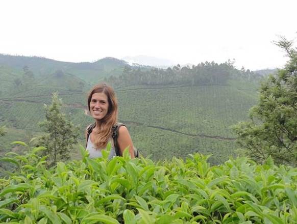 2_Getting-lost-in-the-tea-plantation