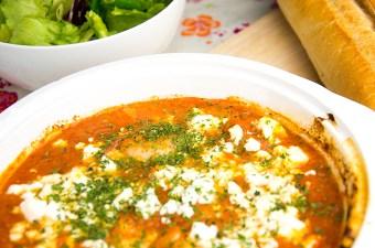 Garnalen in tomatensaus met feta