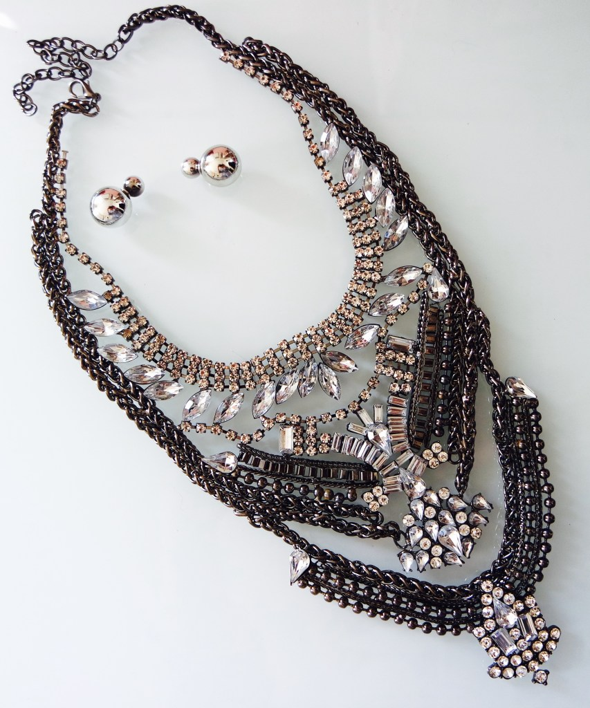 Curls and Contours, Statement Necklace
