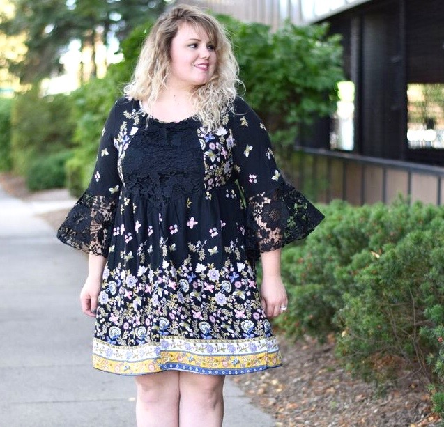 A review of the Lace Detail dress from Avenue Plus Size with tips and tricks on how I would style this dramatic lace sleeve dress for now and later.