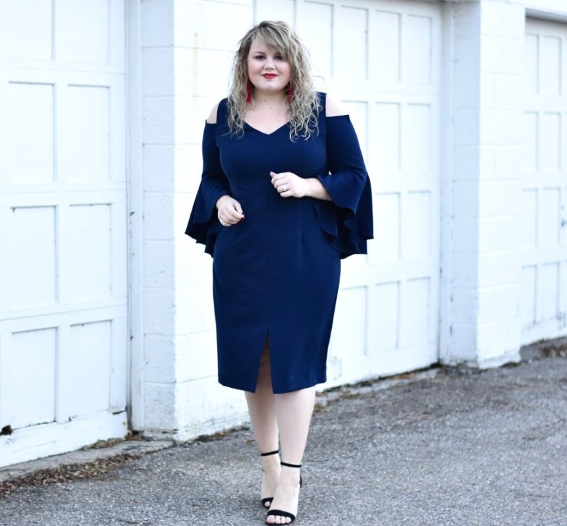 "In this post I am sharing a dress from the Maggy London curve line ""London Times Curve"". Maggy London is a brand that specializes in femininity."