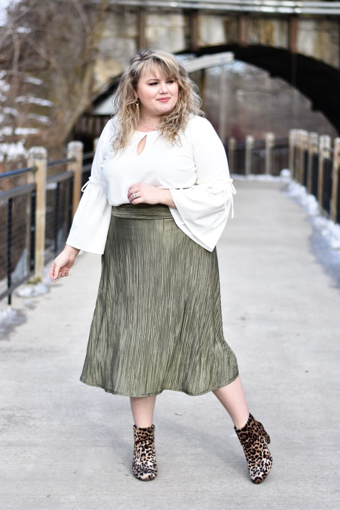 Kiyonna is known for creating quality pieces for the plus size woman in a variety of styles and colors, I really love this skirt for the fall and winter season and can see myself pairing it with pops of pastel pink and baby blue as we move through winter and into spring.