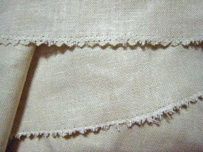 front & back zigzagged seam edges