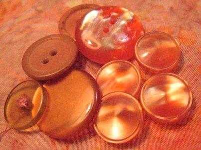 orangey buttons 1