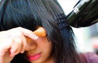 5 of the Best Heat Protectants to Straighten Your Curls