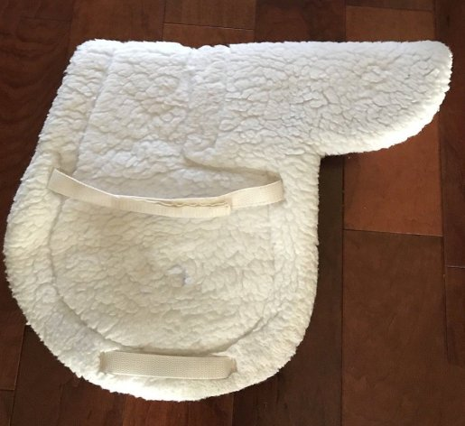 matted fleece like this saddle pad can be restored to fluffiness with this cleaning hack