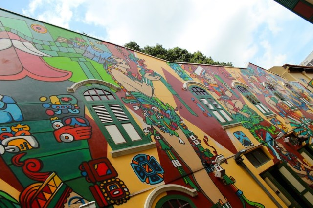 Mural by Jaba Didier Mathieu in Singapore |curlytraveller.com