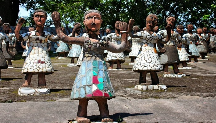 5 amazing outsider art places