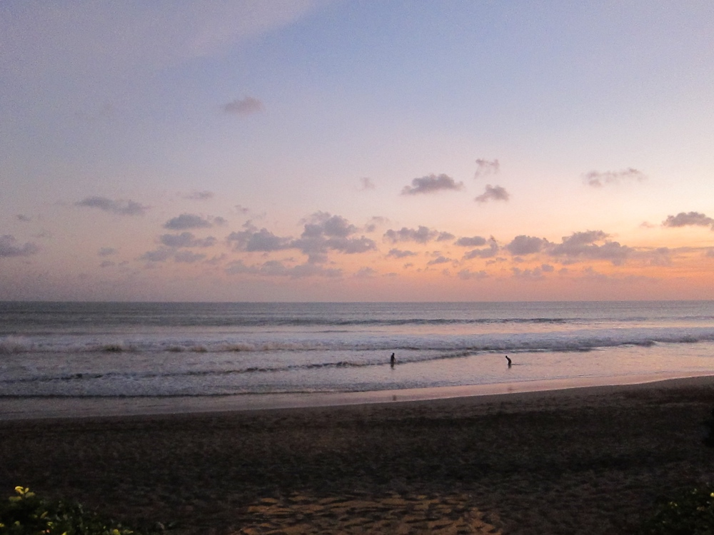 beach, sunset and clouds at Bali |curlytraveller.com