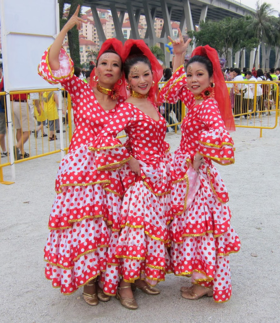 flamenco costumes at Chingay Singapore| curlytraveller.com