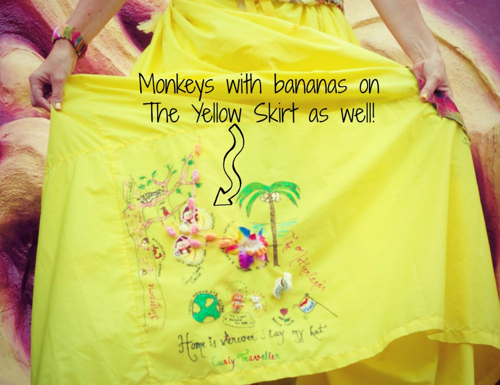 Yellow skirt with adornments |curlytraveller.com
