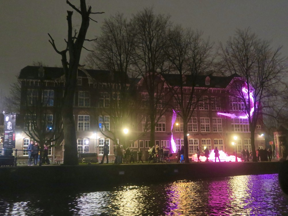 Rotifers at Amsterdam light Festival |curlytraveller.com