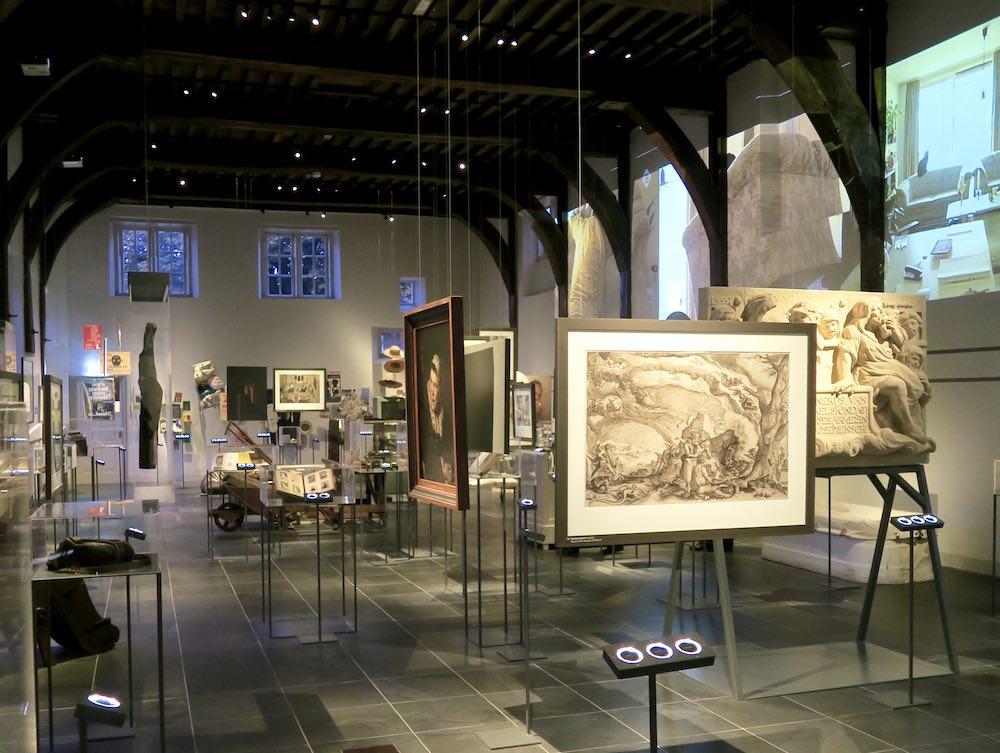 Exhibition room in Dolhuys Haarlem |curlytraveller.com