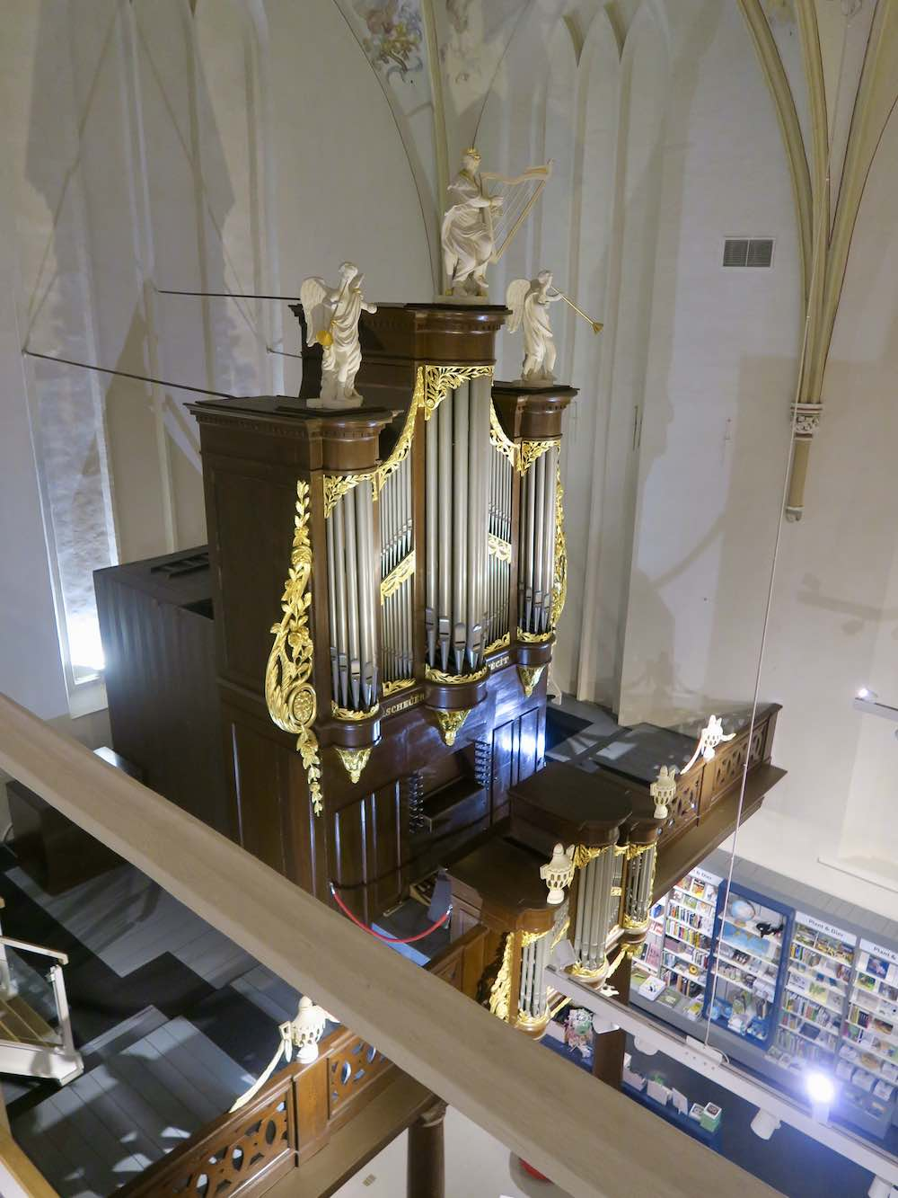 Looking down on the organ in Waanders in de Broeren |curlytraveller.com