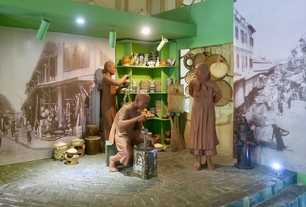 Village life on display at Ho Chi Minh City Museum |curlytraveller.com
