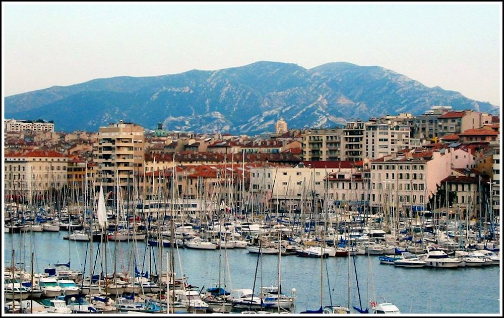 The harbour of Marseille |curlytraveller.com
