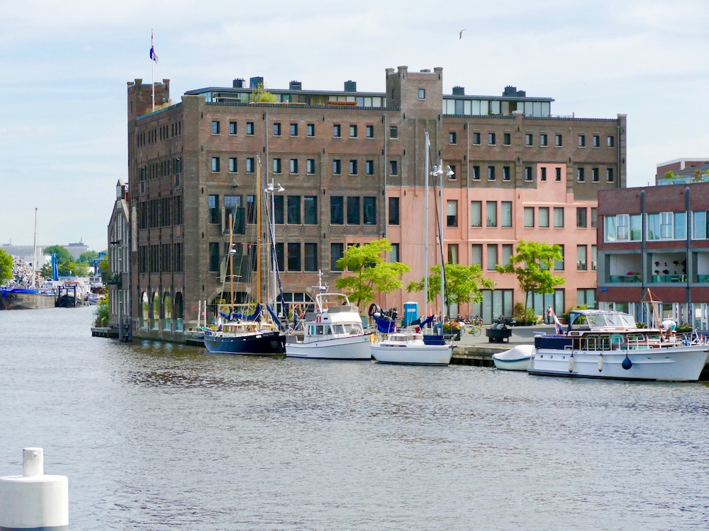 Former chocolate factory at the river Sapaarne in Haarlem |curlytraveller.com