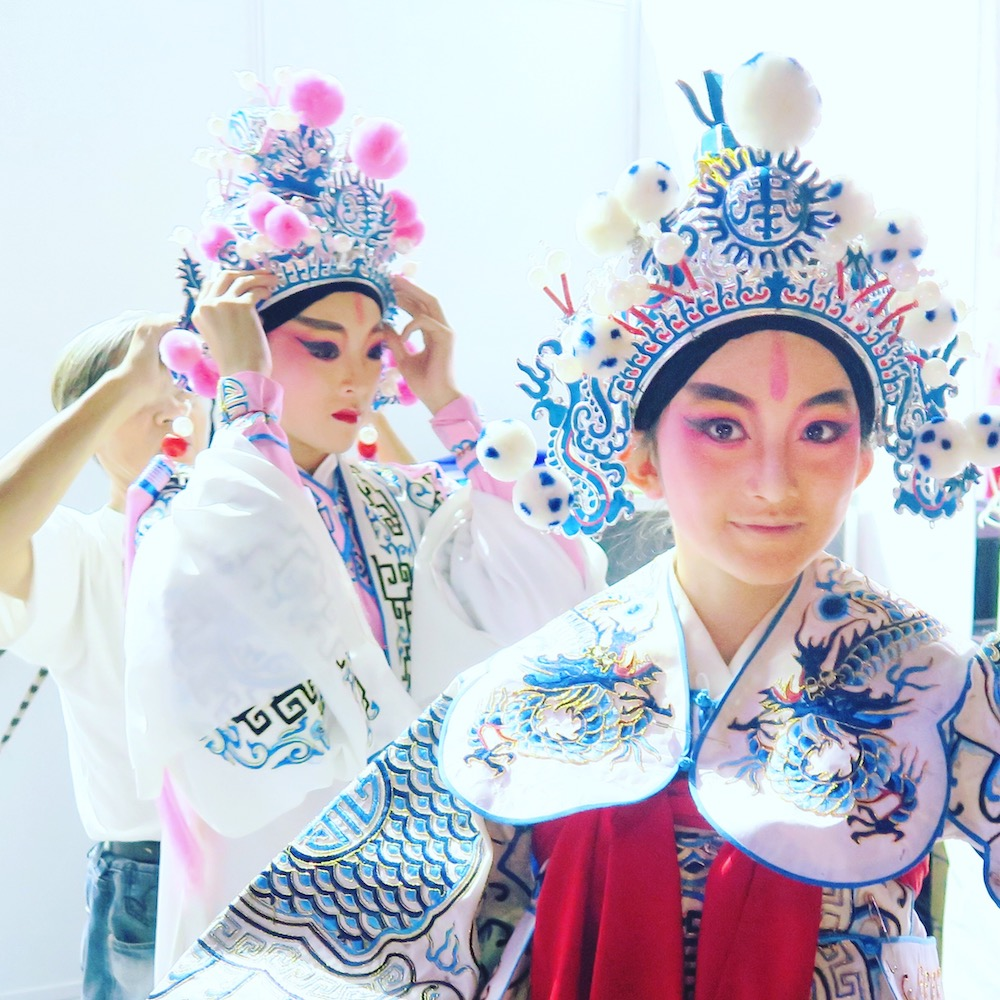 Chinese Opera performers during Mid Autumn at Gardens by the Bay |curlytraveller.com
