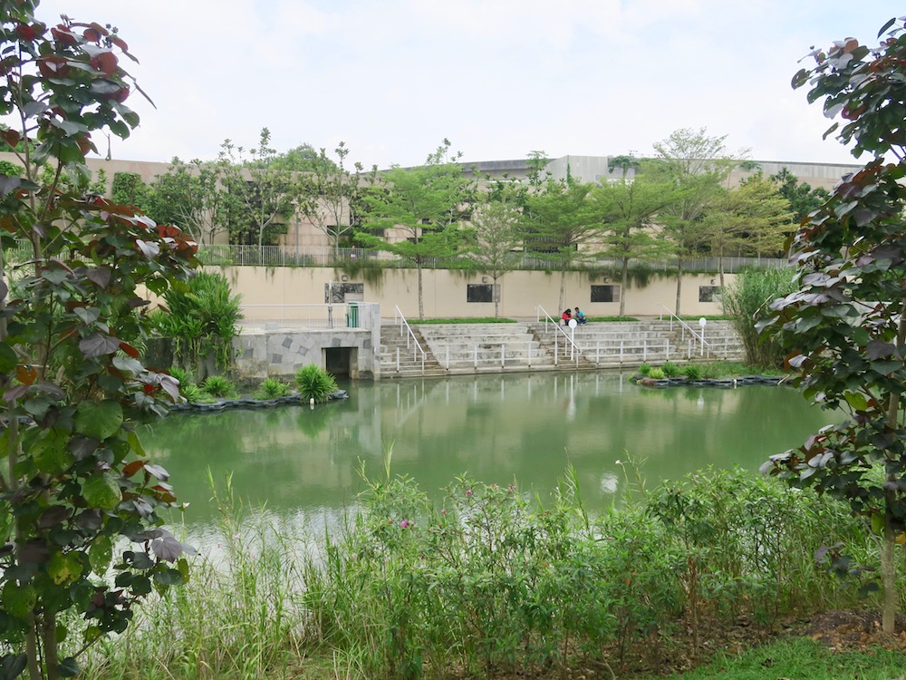 Lots of space to sit in Punggol |curlytraveller.com