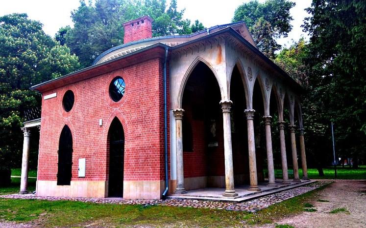 14. domek gotycki