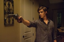 pretty Brenton Thwaites in Oculus