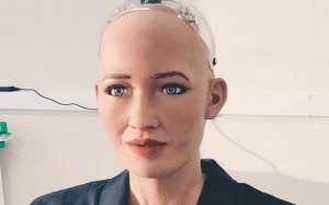 World's 1st robot citizen calls for Saudi women's rights