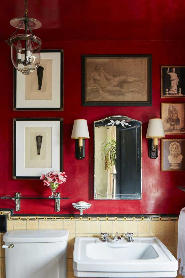 Ciling room decor ideas | Vivid Red