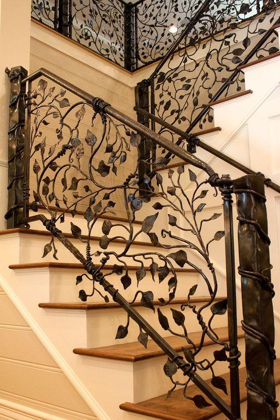 Disenos De Escaleras Interiores De Herreria 11