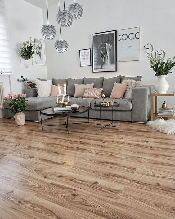 fuschia sofa slide under tv tray table tendencias en pisos para interiores | decoración 2019 - 2020