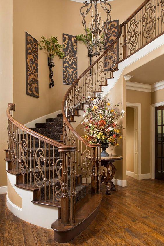 Escaleras de herrera para interiores  Escaleras de concreto y madera