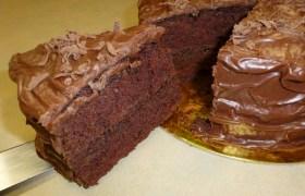Torta de Chocolate del Curso Como Hacer Tortas por Rosa Quintero