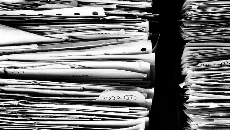 cómo trabaja un archivero
