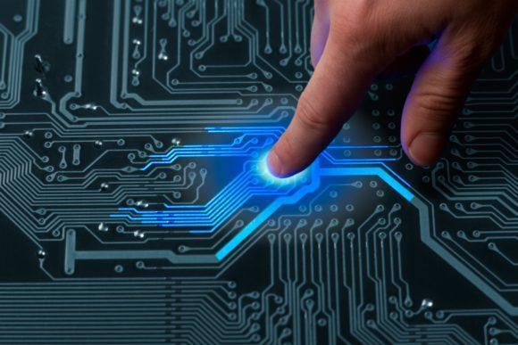 Cursos e Empregos Computer-engineering01_Web-580x387 Senai Londrina Cursos Técnicos Gratuitos 2016