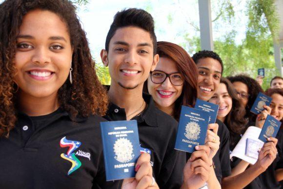 Cursos e Empregos ghjklç-580x387 Programa Jovens Embaixadores 2017