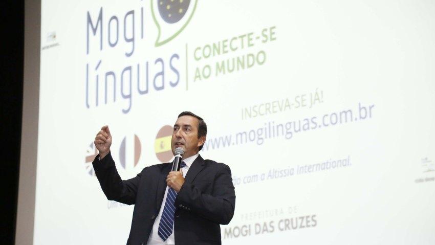 Mogi oferece cursos gratuitos online de inglês, espanhol e francês