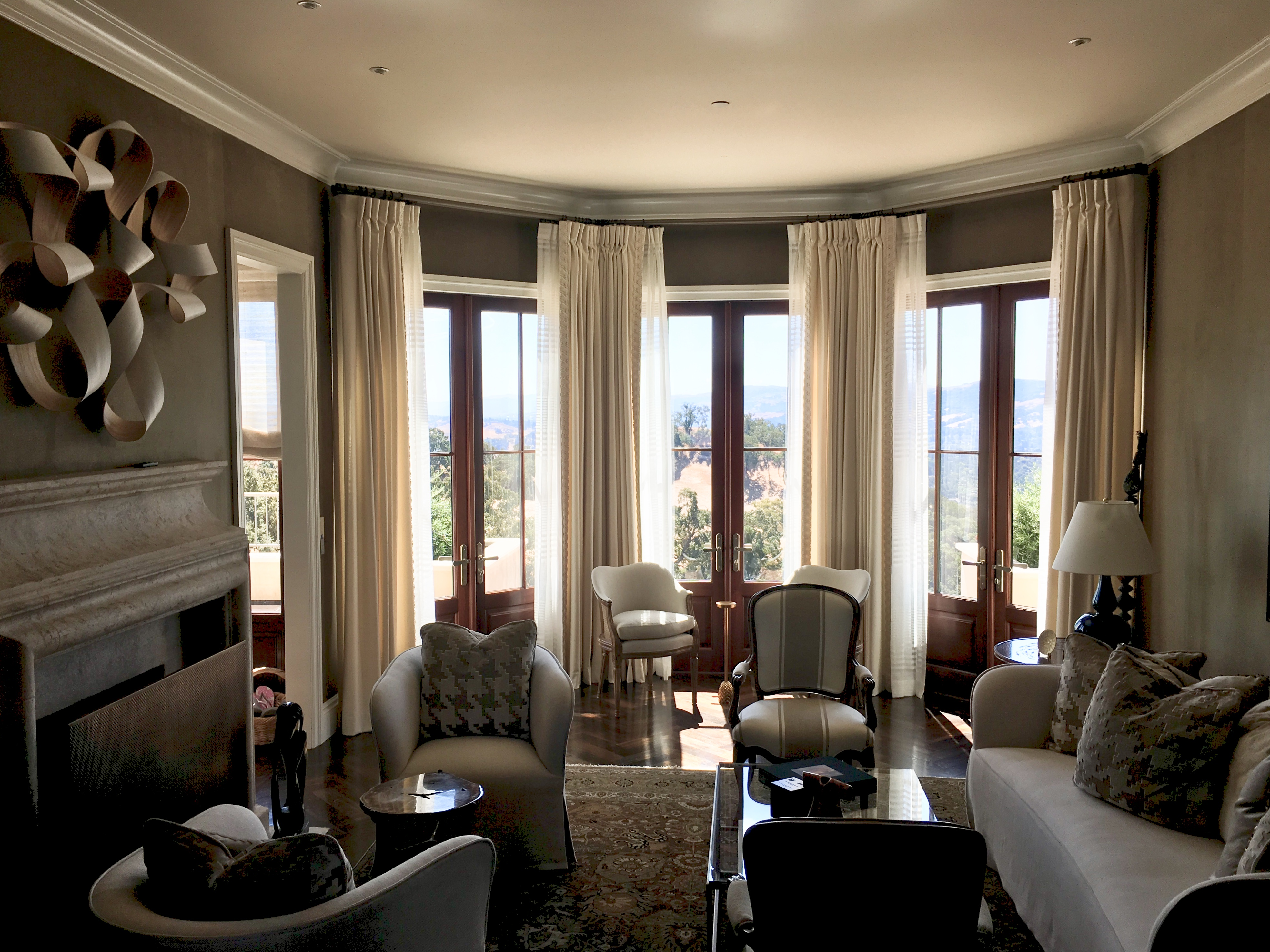 5 Things To Consider When Choosing Curtains Or Drapes For Your Home