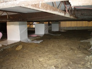 Crawl space of a manufactured home